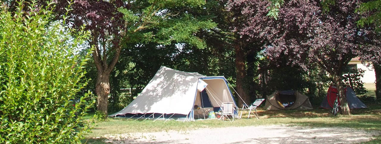 slider_pano_camping_le_chateau.jpg