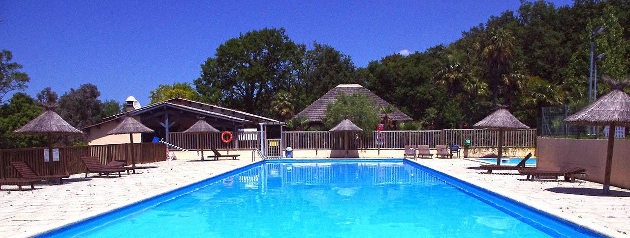 camping-corniche-urrugne-piscine.jpg