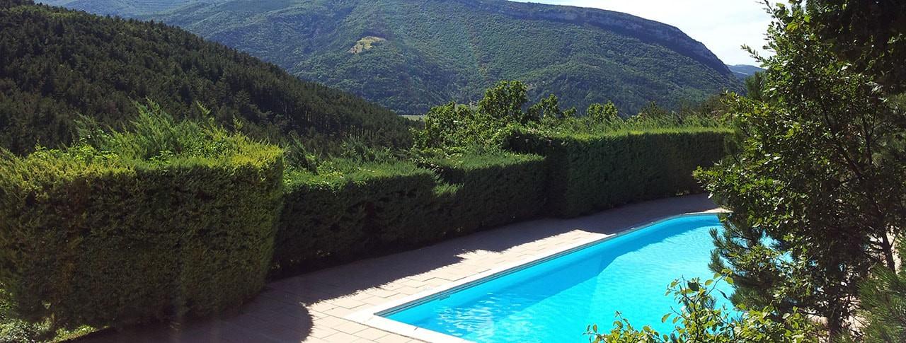 camping-deux-soleils-piscine-min.jpg