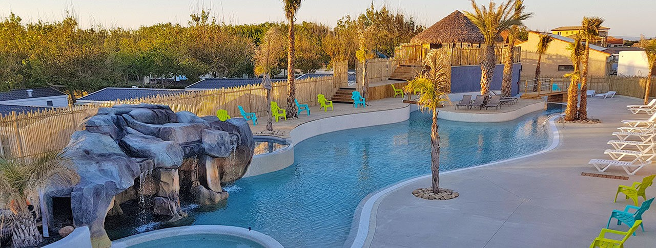 Camping robinson marseillan plage h rault languedoc for Camping en camargue avec piscine
