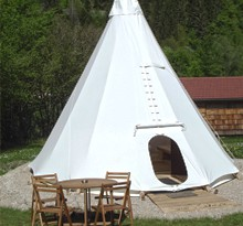 Camping in France in a tent or teepee