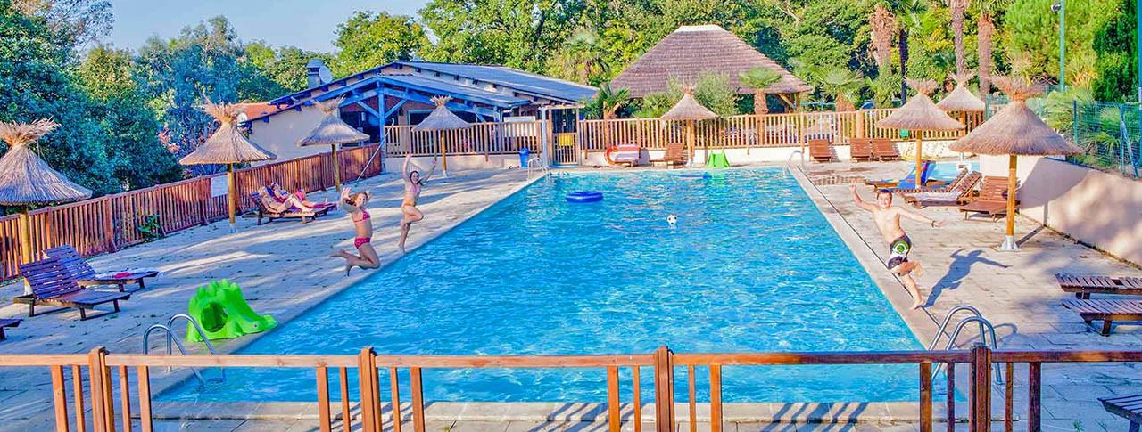 Camping de la Corniche piscine
