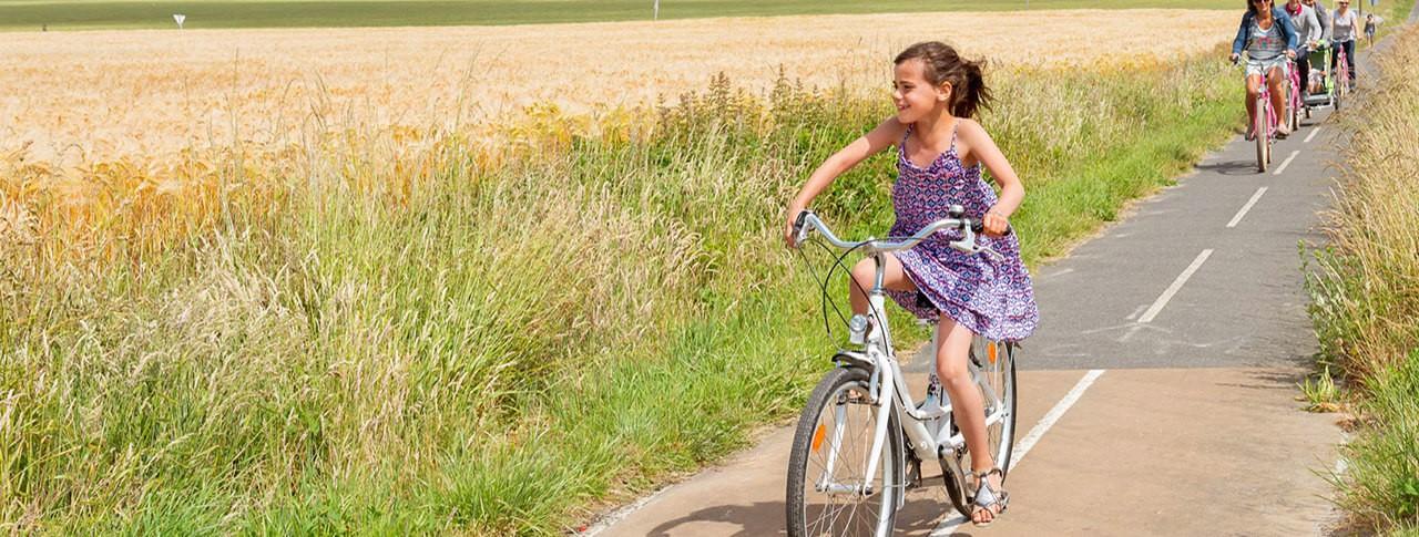 slider camping Les Aubépines balade à vélos