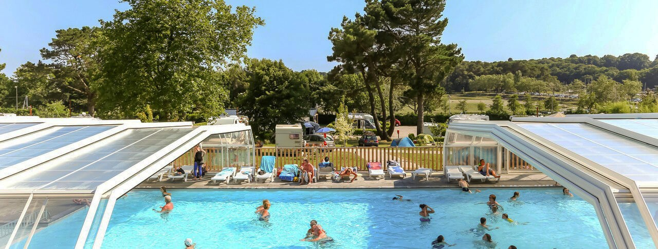 Camping le conleau vannes morbihan bretagne in france for Camping golf du morbihan piscine couverte