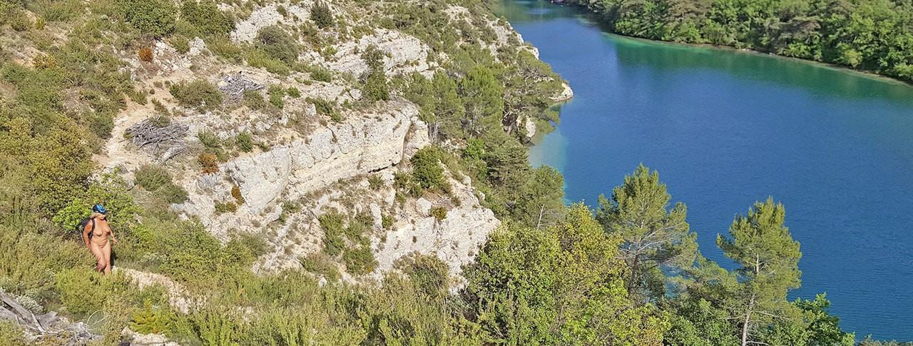 Camping Naturiste Verdon Provence balade lac