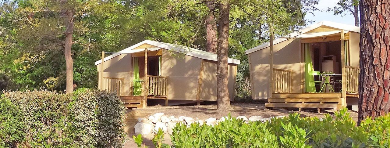 Camping Les Côtes de Saintonge cabanes