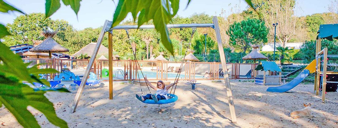Camping de la Corniche jeux enfants