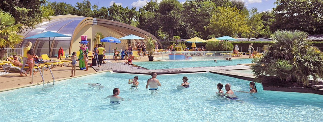 Camping Bimbo piscine couverte chauffée