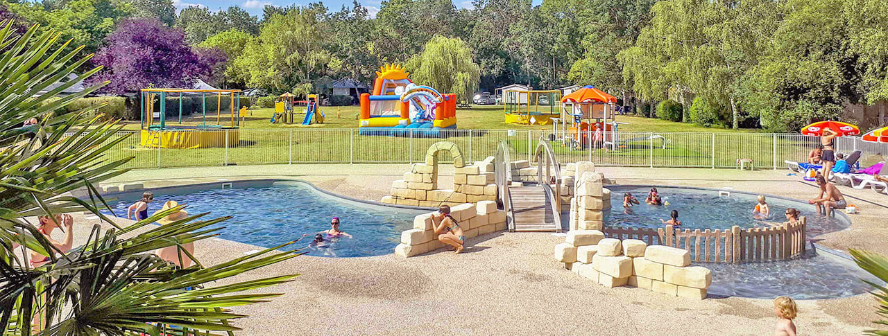 Camping Les Granges piscine Tours