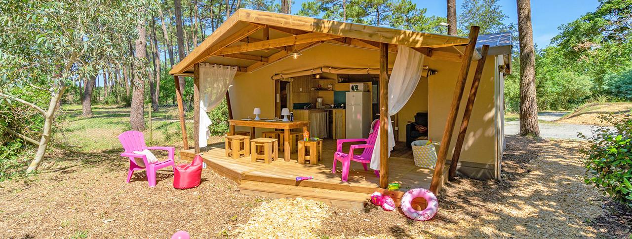 camping-des-pins-soulac-cabane-lodge.jpg