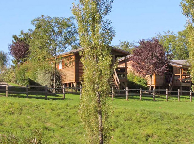 Camping Le Lac de Bonnefon - Occitanie