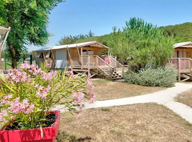 Camping Le Bel Air cabanes lodges Ile de Ré-3