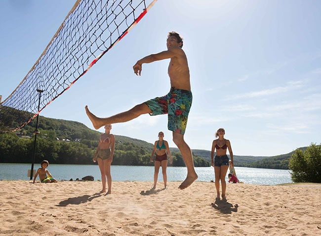 camping Le Lac du Causse beach-volley-2