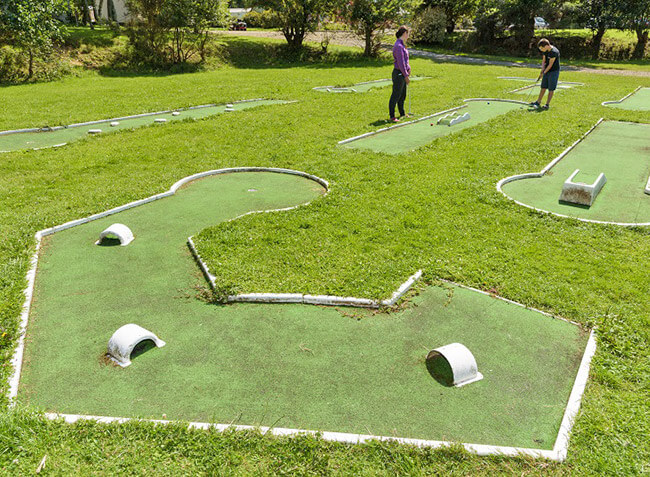 camping-de-mesqueau-mini-golf.jpg-6