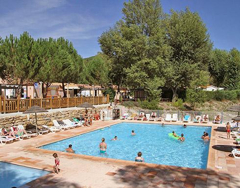 Campsite provence campsites near the luberon the - Camping provence avec piscine ...