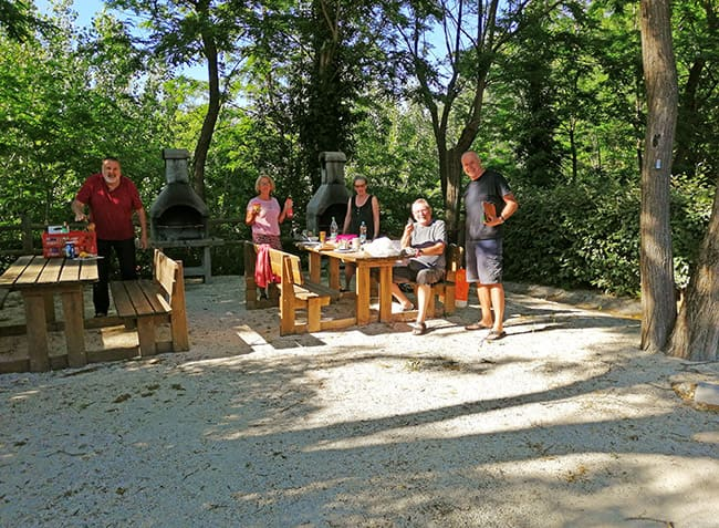 camping Le Saint Michelet barbecue-8