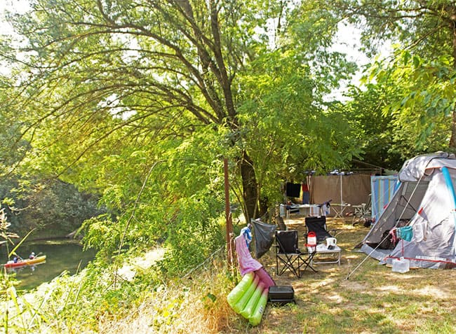camping le moulin des iscles emplacement riviere-5