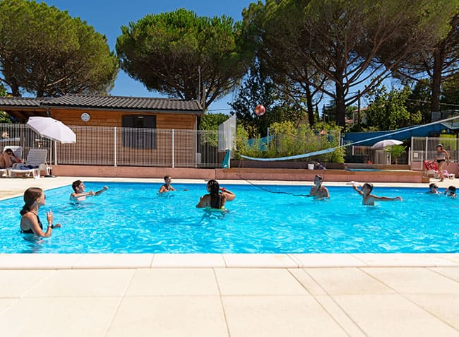 camping-provence-vallee-volley-ball.jpg-24