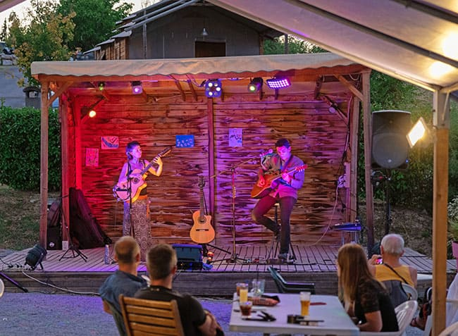 camping-provence-vallee-concert.jpg-20
